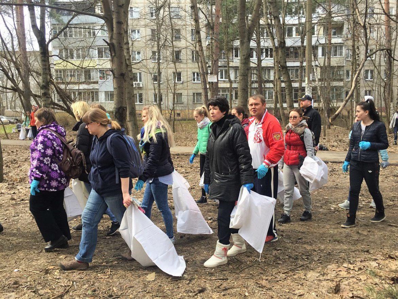16 000 человек приняли участие в субботнике в Жуковском