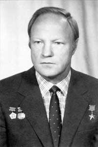 Волк Игорь Петрович — Герой Российской Федерации